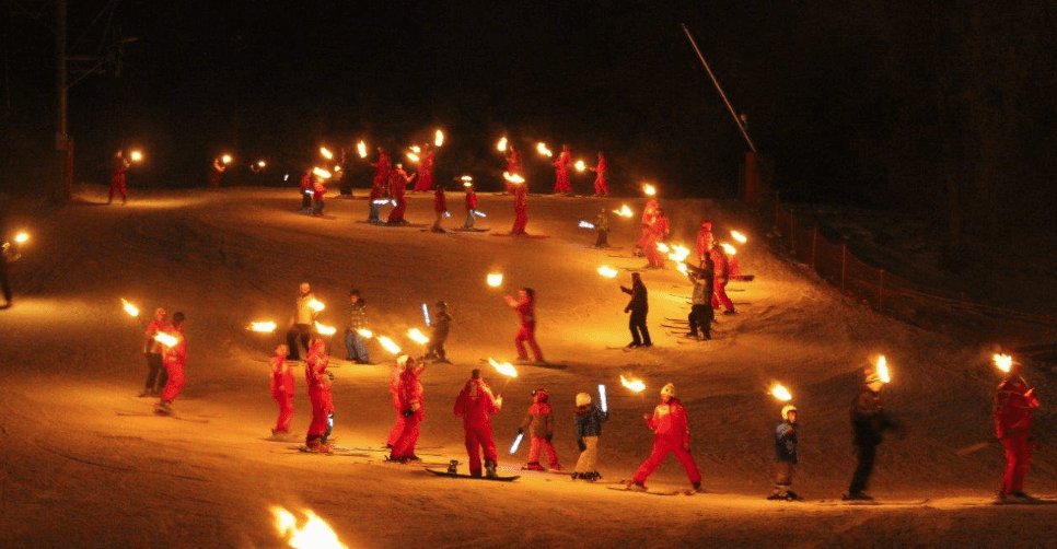 ESF Torchlight Ski Decent